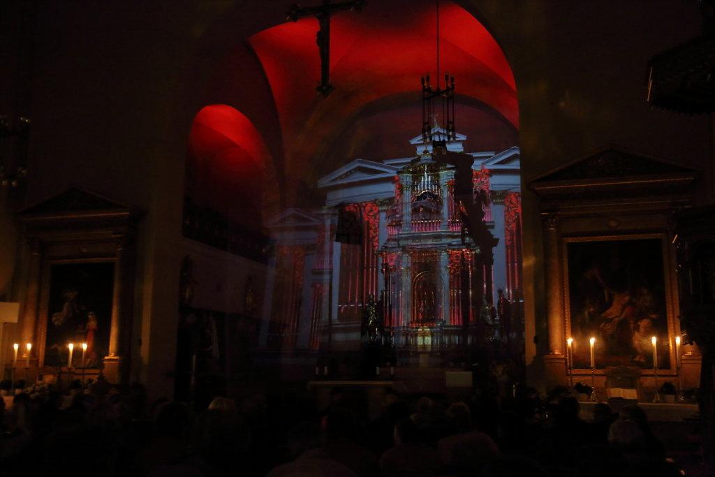 Projektion Orgelfront
