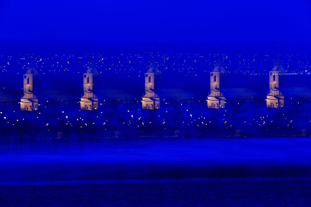 01-Kirche-Nachts-11.JPG