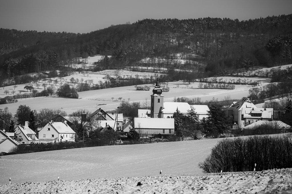 Verschneites Drügendorf